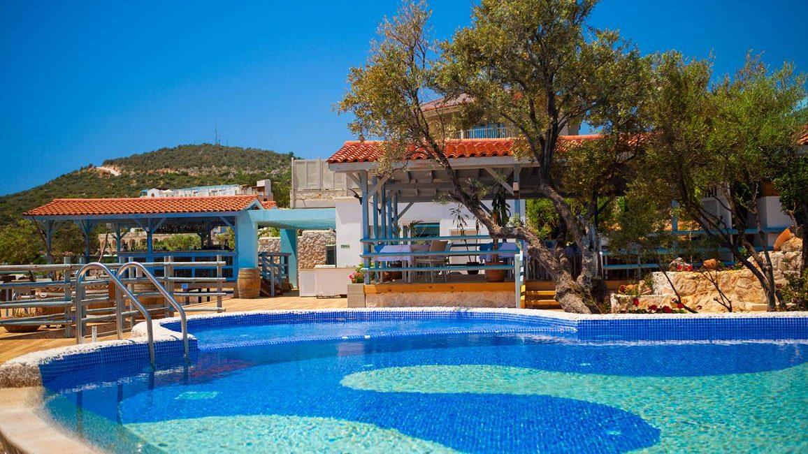 Main pool at the Asfiya