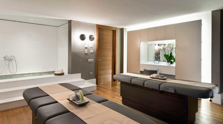 D-Resort Gocek Spa treatment room