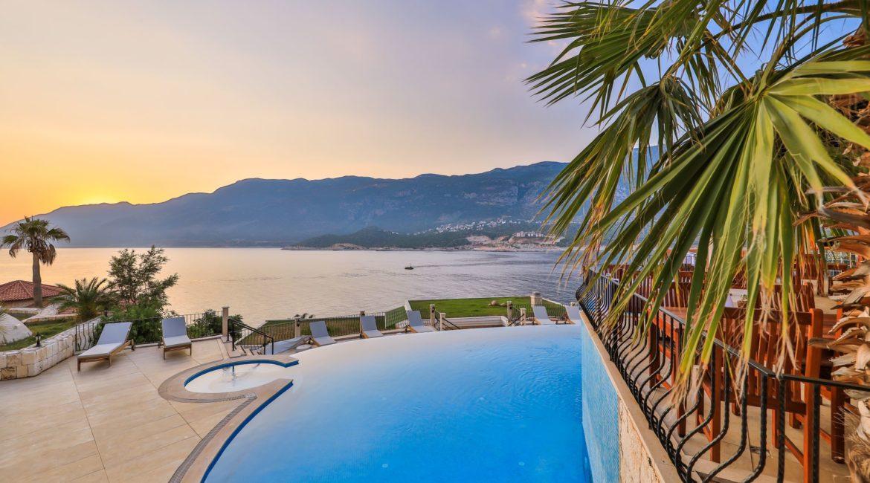 Stunning sea views from the Deniz Feneri
