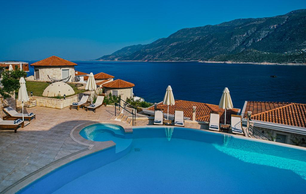 Deniz Feneri Pool and sea views