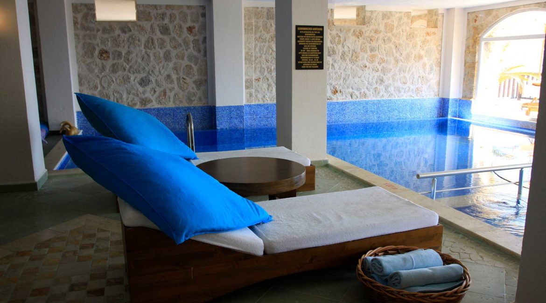 Spa pool at Likya