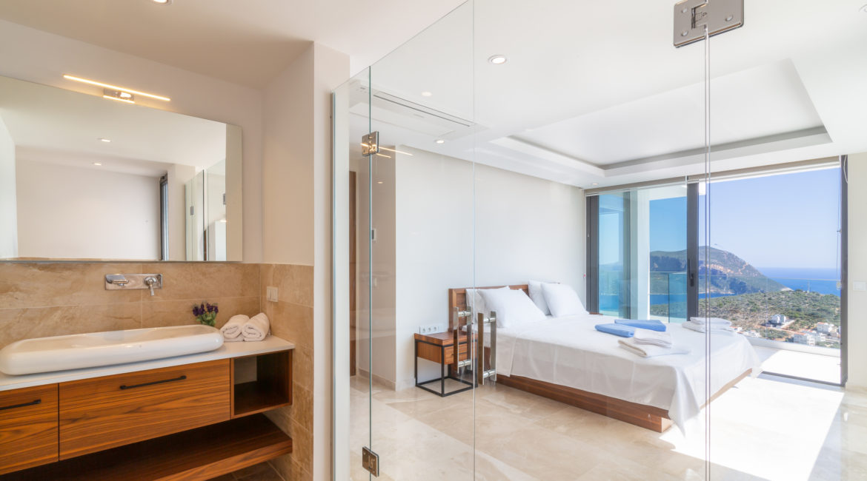 Double bedroom at Villa Marvel