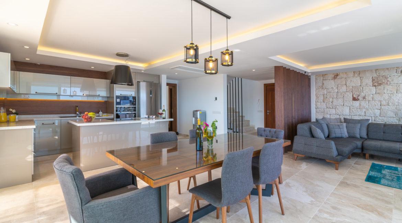 Villa Marvel kitchen and indoor dining area
