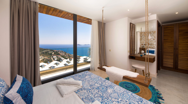 Villa Shine double bedroom