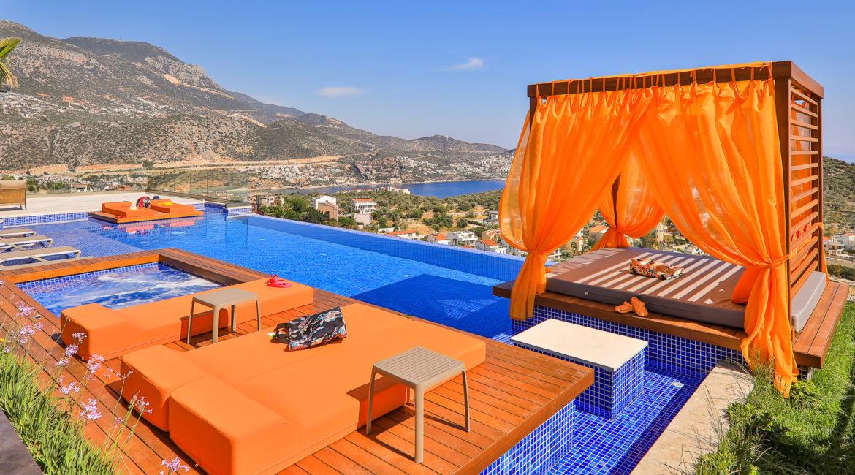 Villa Shine cabana with sea views