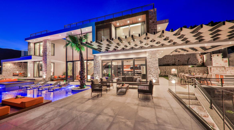Villa Shine outside terrace