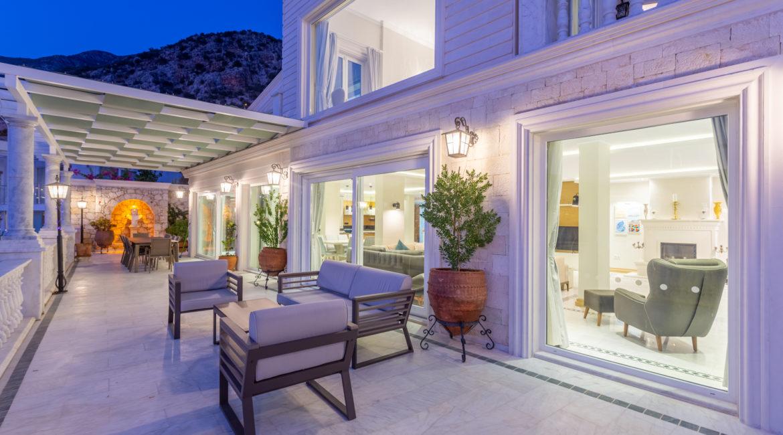 Balcony off main living area of Mavi Koy