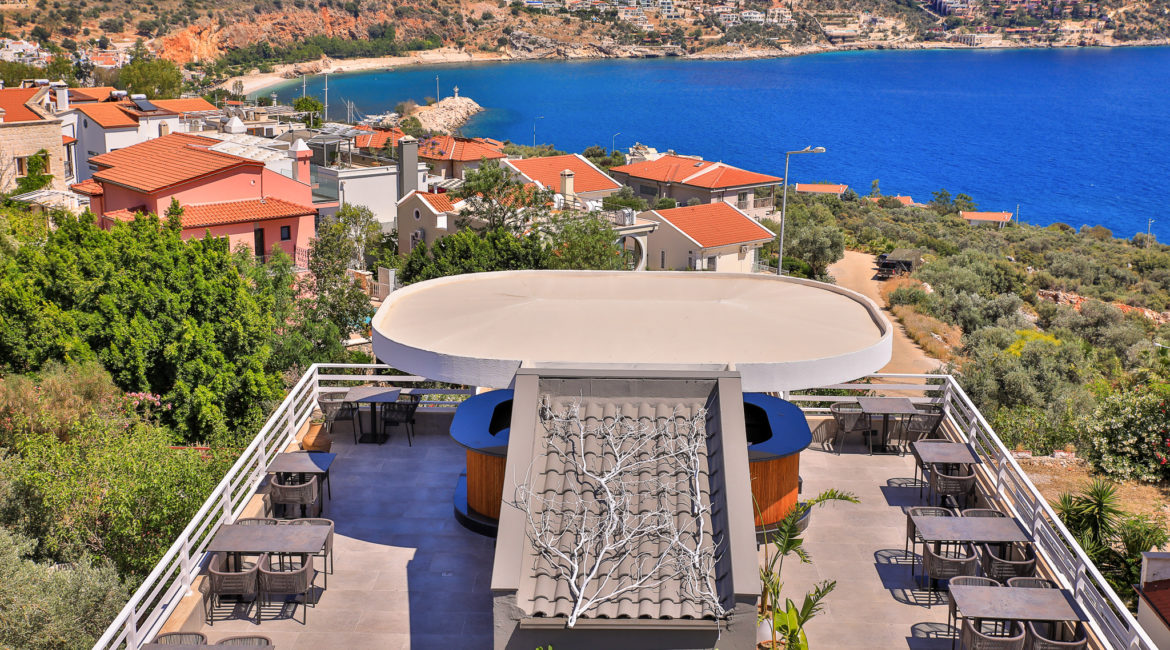 Saray Suites Rooftop Bar and Restaurant