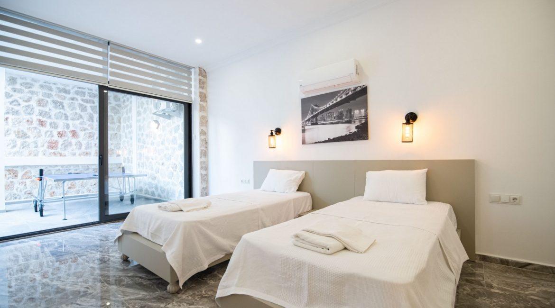 Villa Gulay - Twin bedroom