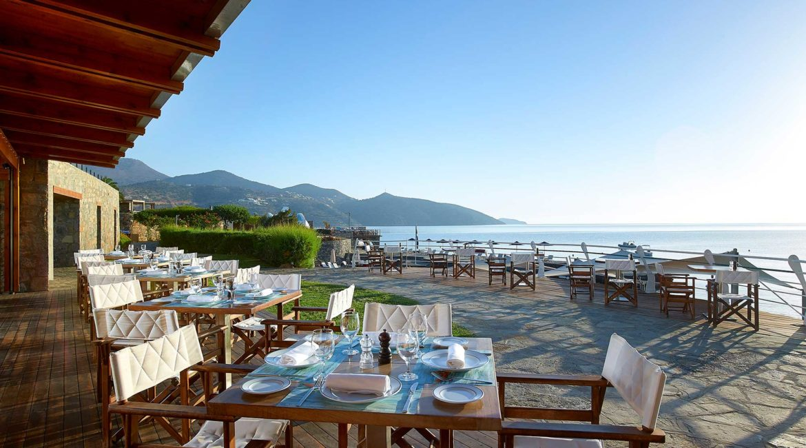 St Nicolas Bay Hotel all day restaurant and bar