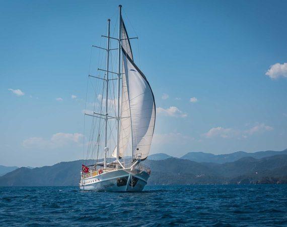 Seyhan Hanna with sails