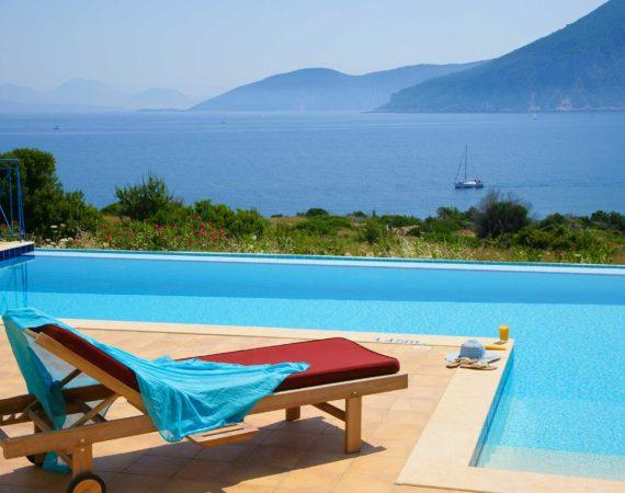 Villa Dolicha pool and sea views