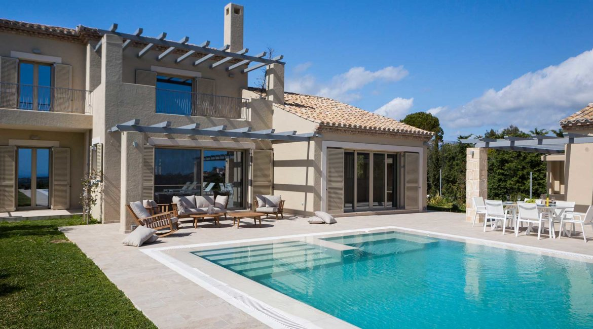 Villa Philoxenia exterior, pool and lawn