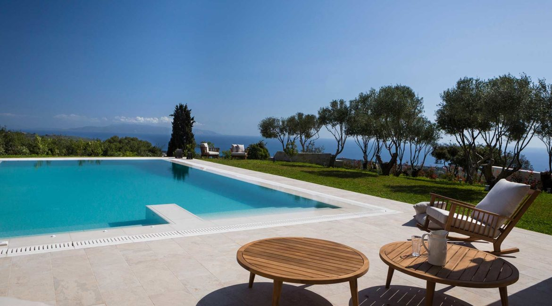 Villa Philoxenia beautiful pool and sea views