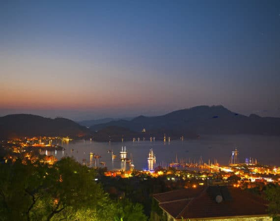Selimiye at night