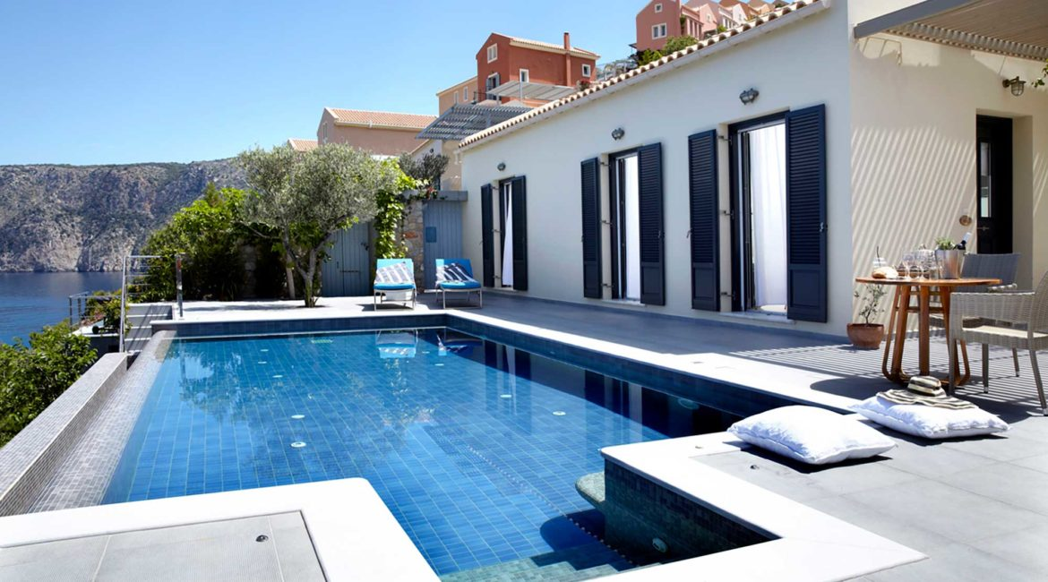 Villa Art Braunis Horio pool with magnificent sea views