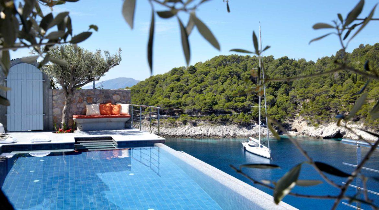 Villa Art Braunis Horio pool and sea views