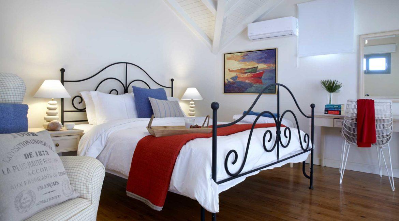 Villa Elea Braunis Horio double bedroom
