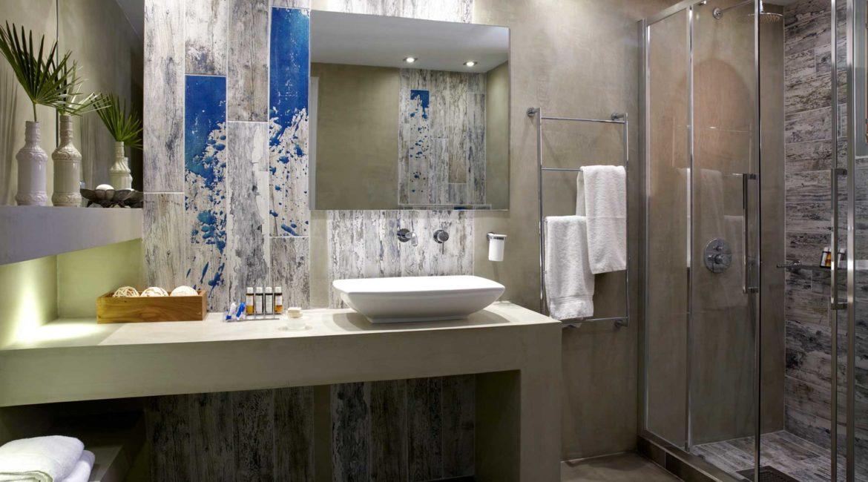 Villa Eleni Braunis Horio shower room
