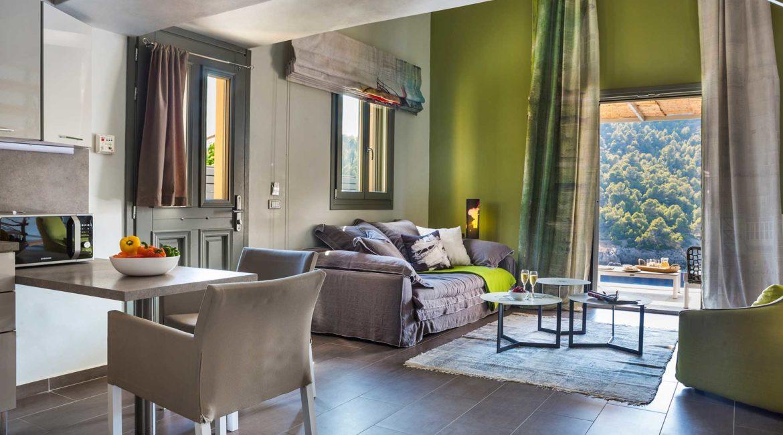 Villa Eutuxia Braunos Horio living room