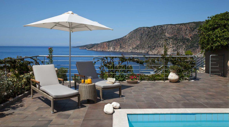 Villa Glaroni Braunis Horio  pool and stunning sea views