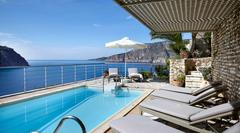 Villa Maistralli Braunis Horio pool and sea views