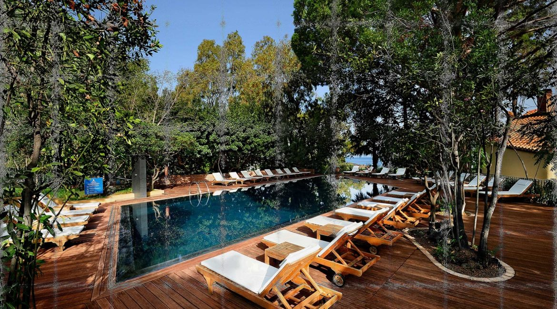 Pool with views at Alberi del Paradiso