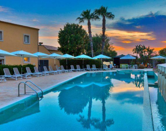 Hotel Caiammari beautiful large pool