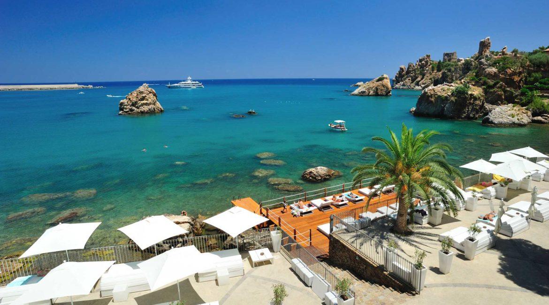 Le Calette bathing platforms and sun terraces