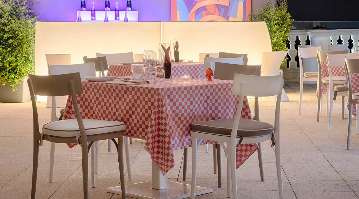 NH Collection Taormina al fresco dining on the terrace