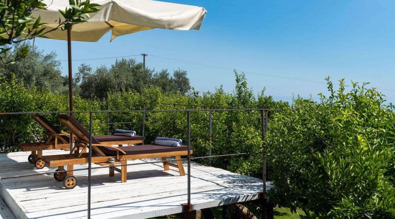Monici Della Terra Nere Estate Suite Terrace