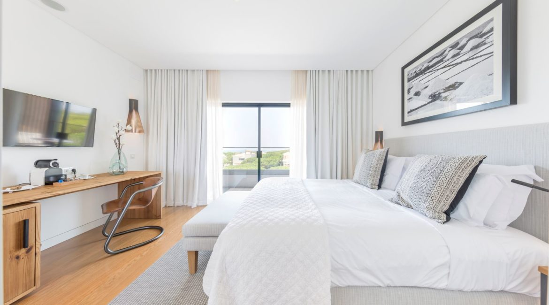 Praia Verde double bedroom with sea views