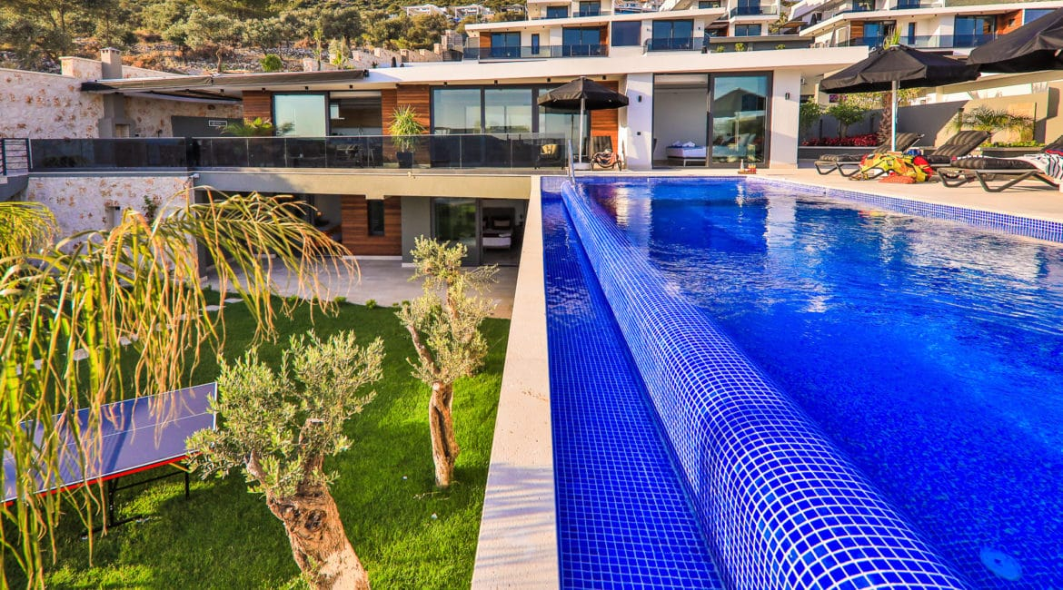 Villa Dream frontal with pool and gardens