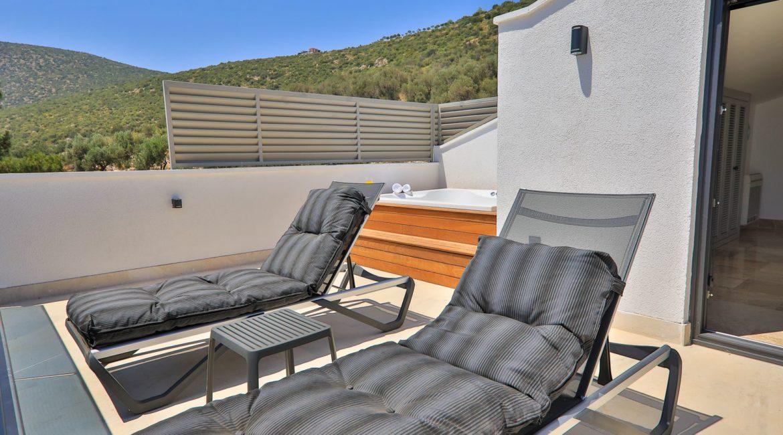Villa Eos bedroom balcony with jacuzzi