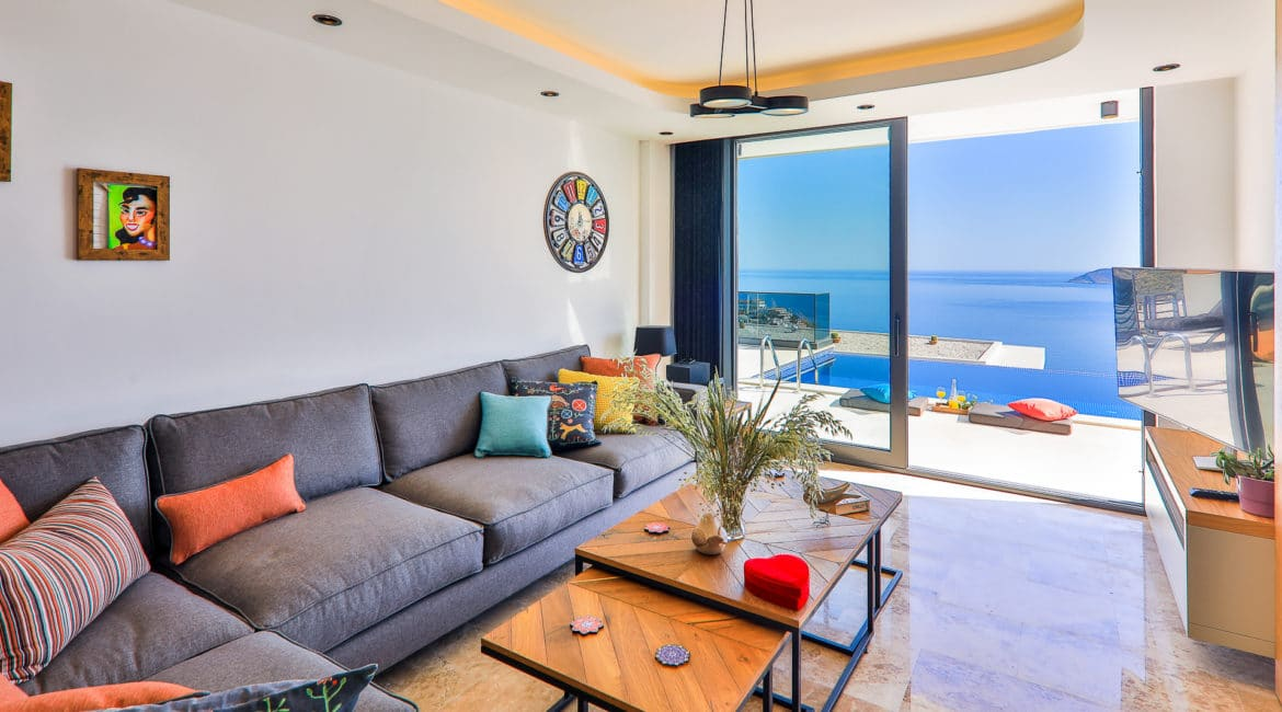 Villa Sweet sitting room with pool and sea views