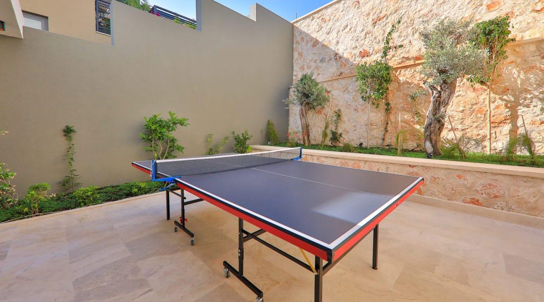 Villa Sweet table tennis