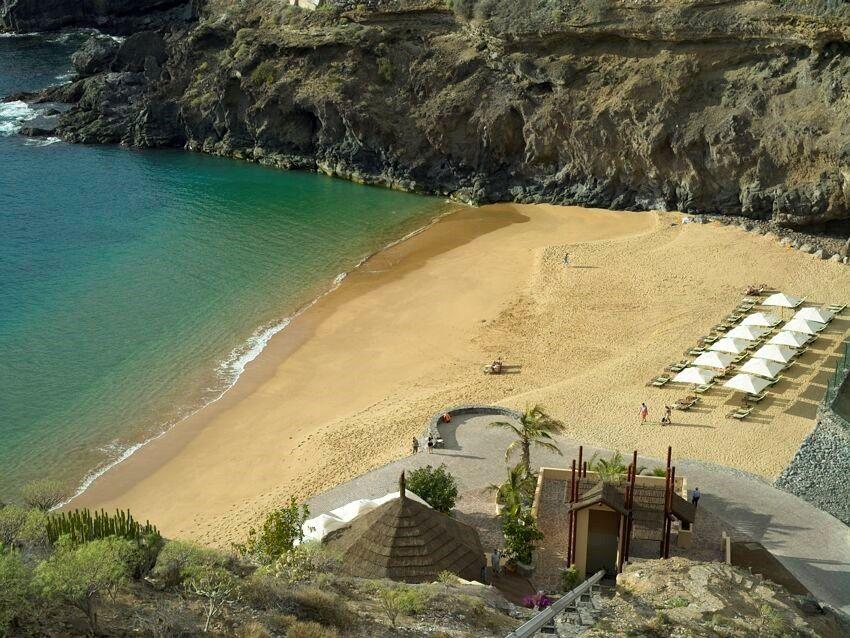 La Terrazas De Abama Suites own Private Beach