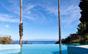 Ashbee hotel infinity pool with stunning views